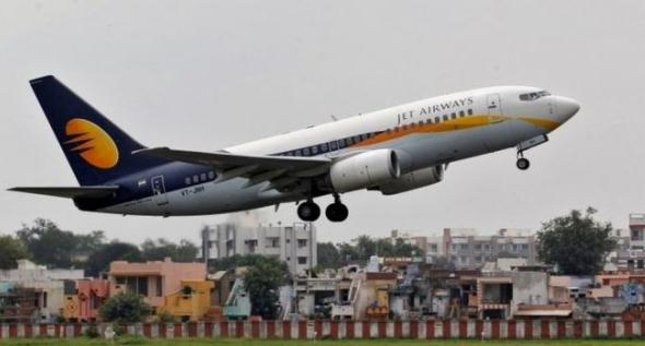 印度2名飞行员空中吵架还掌掴