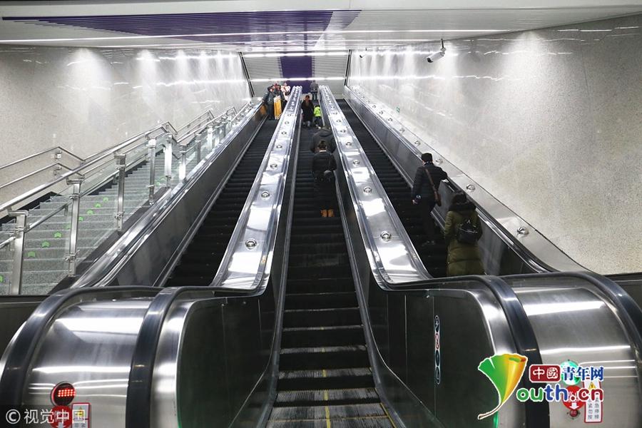 重庆再次刷新全国最深地铁站纪录 深94米相当于31层楼高