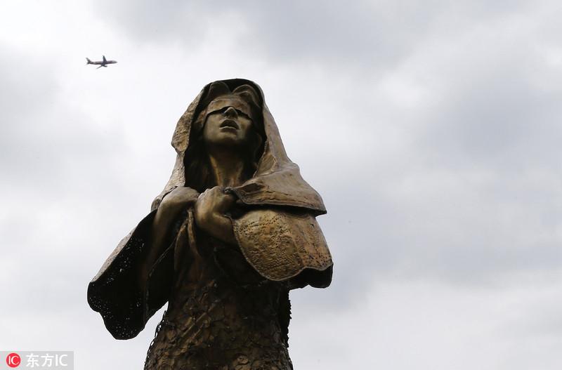 """菲律宾马尼拉设慰安妇雕像 日本回应称""""遗憾"""""""
