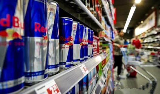 荷兰医生建议禁止向18岁以下年轻人出售能量饮料