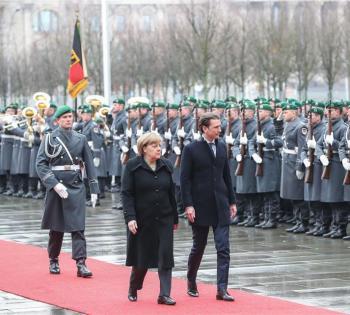 奥地利总理库尔茨访问德国 与默克尔会谈