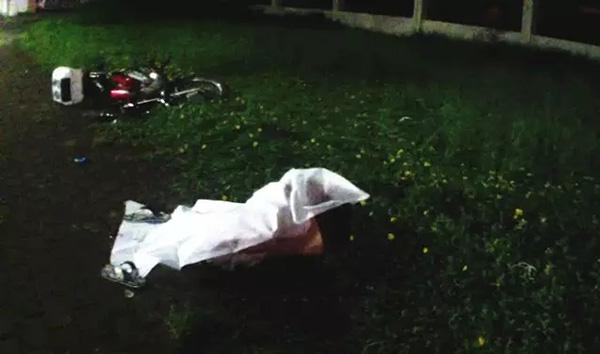 为避泥头车少年飙摩托摔死 司机赔51万