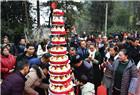 五世同堂 162名子孙给老人过百岁生日
