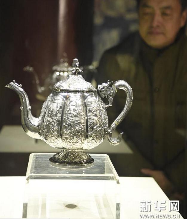 中国外销银器亮相沈阳故宫