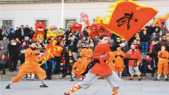 """中国文化""""快闪""""马德里"""