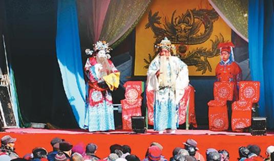 河南省开封市:正月里唱大戏