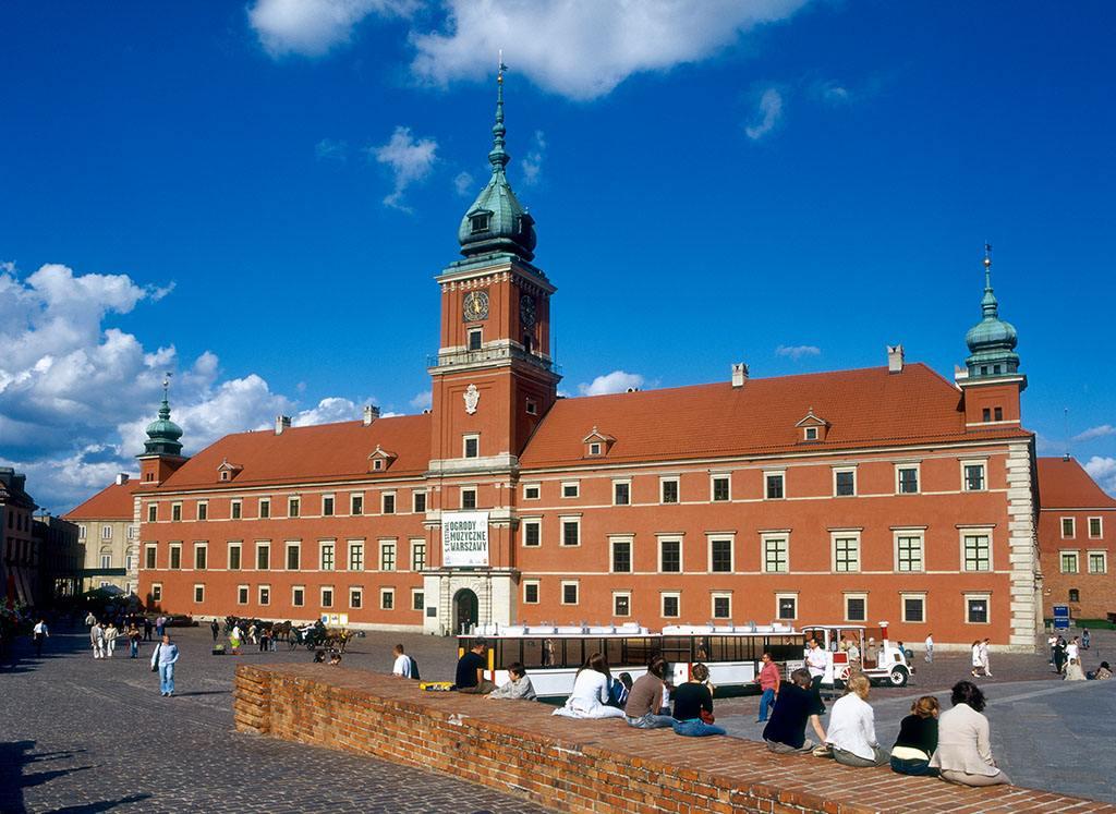 重建的华沙城何以列入