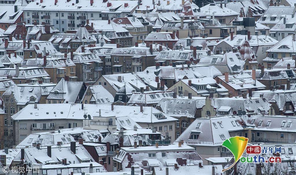德国多地迎来降雪 冰雪景观美如画