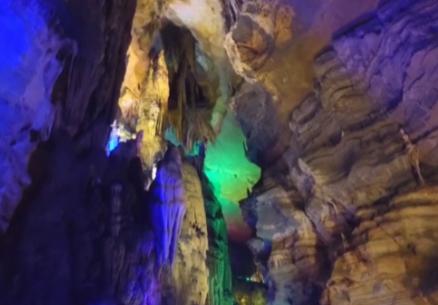 """探访双河洞  领略""""亚洲第一长洞""""地质奇观"""