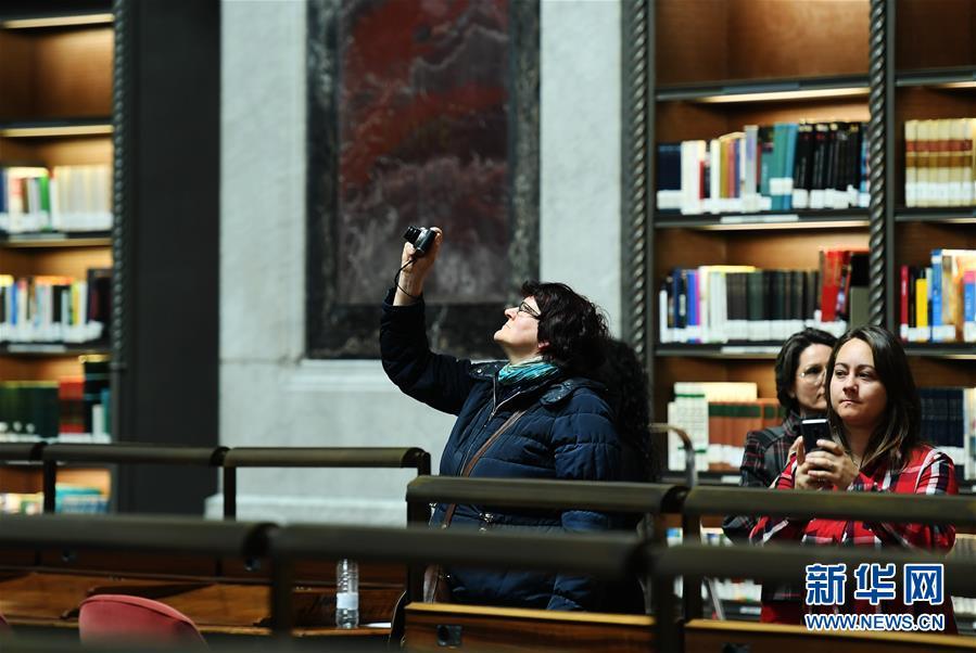 西班牙国家藏书楼迎来大众绽放日