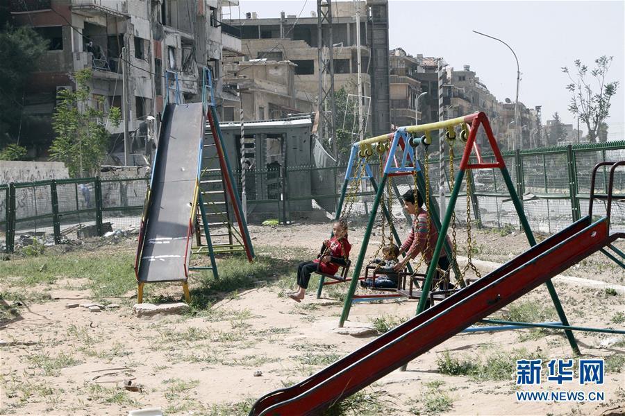"""走进""""化武疑云""""笼罩下的叙利亚小镇杜马"""