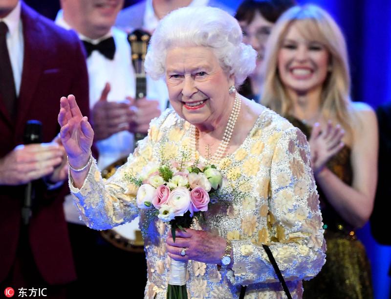 英国音乐会庆祝女王92岁生日 现场众星云集