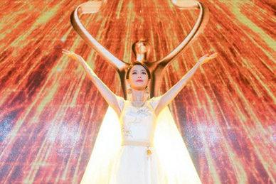 天坛女神佟丽娅展大美中国风