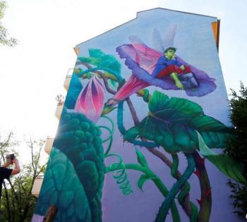 城市变成画廊 柏林举办首届壁画节