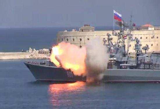 """俄罗斯反潜""""三剑客""""大洋亮剑"""