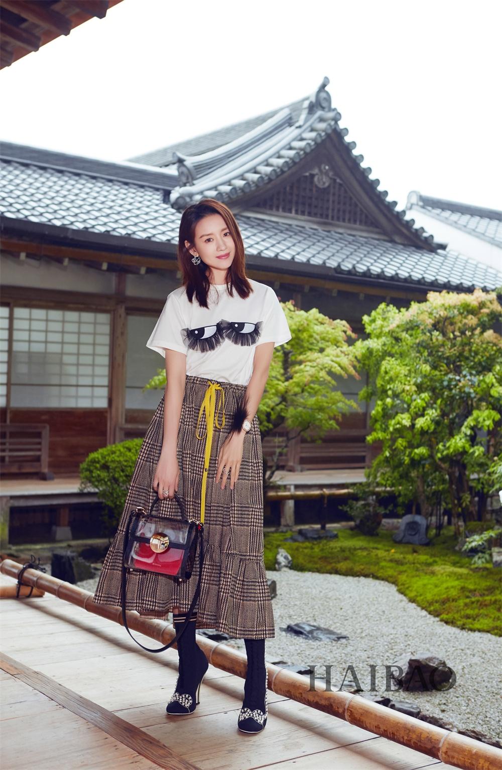 董洁京都漫步发布旅拍写真 网友惊叹:仙女本仙