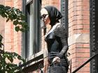 Lady Gaga出街似狼外婆