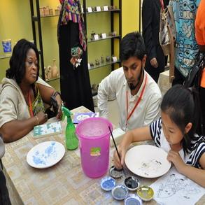 德化:陶瓷文化串起中外友谊