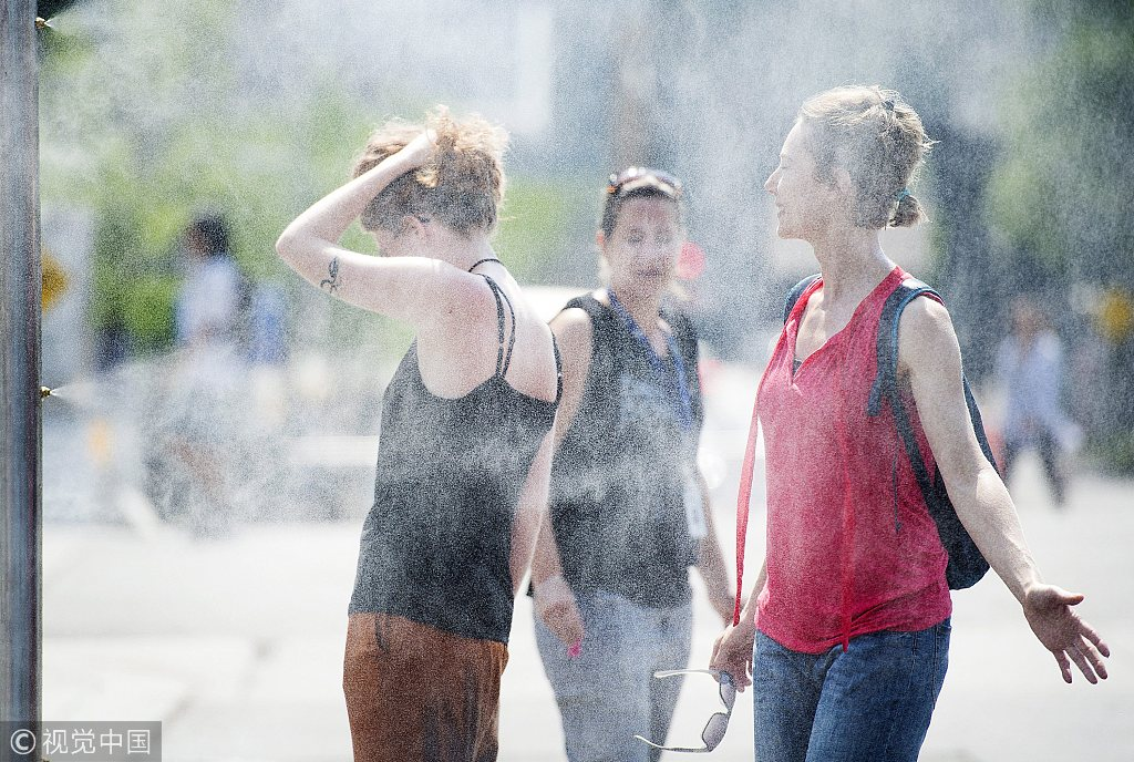 """加拿大遭高温侵袭约17人死 多地组织""""纳凉中心""""降温"""