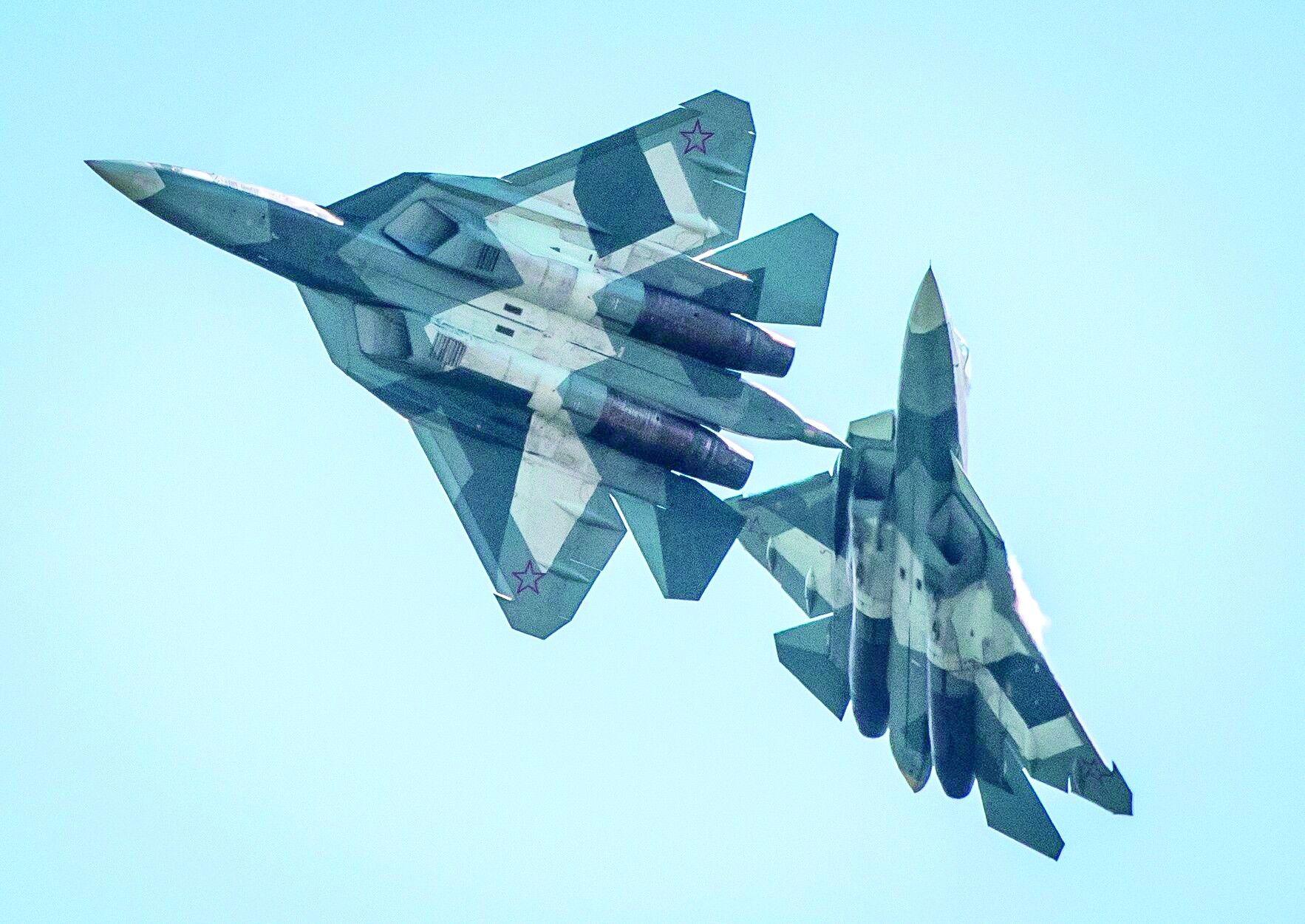 """俄专家称苏-57是""""无用的玩具"""""""