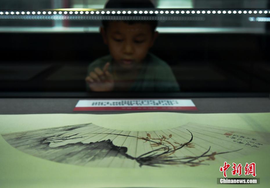 明清至近现代知名女书画家作品亮相河北博物院