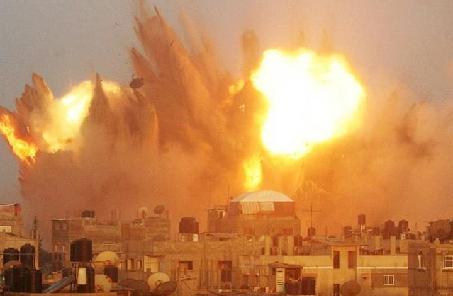 """加沙遭2014年来""""最强力""""空袭"""