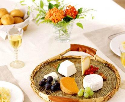 摆脱火热中餐,去玛莱区感受法式优雅慢生活