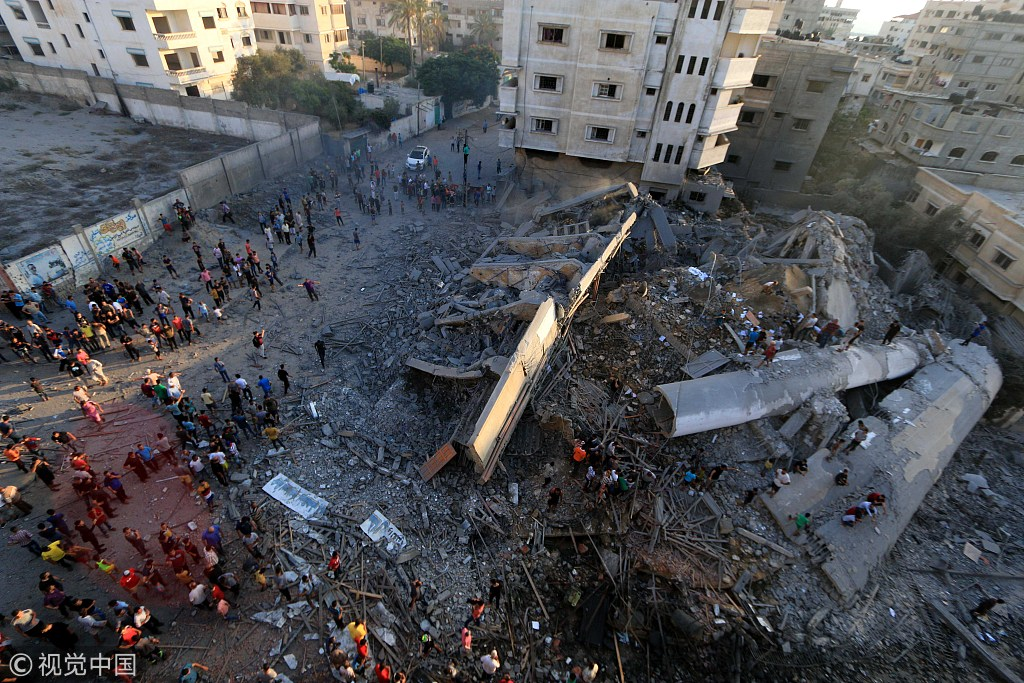 以色列轰炸加沙一栋楼致18伤 称内有哈马斯办公室