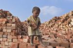 印童工干活十几小时报酬仅十元
