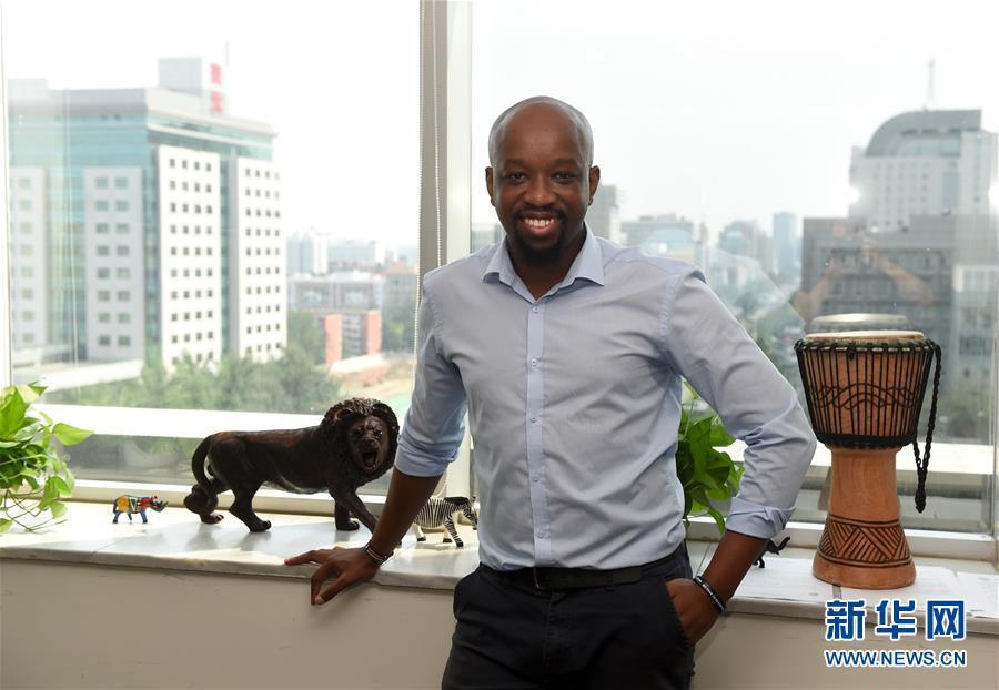 """中国科技""""牵手""""非洲新农业 肯尼亚小伙北京创业记"""