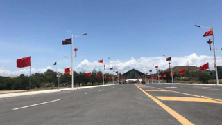 巴新最高标准公路正式通车 中企11个月建成