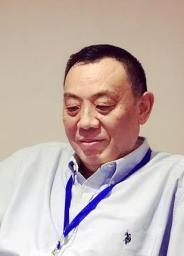 复旦大学世界经济专业经济学博士,研究领域为世界经济、全球经济治理及经济外交,曾参与中国多双边和区域贸易投资安排的谈判、磋商和技术支持,现任上海国际贸易中心战略研究院执行院长、上海外经贸大应用经济学特聘教授、复旦大学外交学兼职教授、上海贸易数据挖掘应用研究中心首席研究员、上海世贸组织事务咨询中心领席研究员、中国国际贸促会专家委委员、中国世贸组织研究会常务理事和上海国际贸易学会副会长。