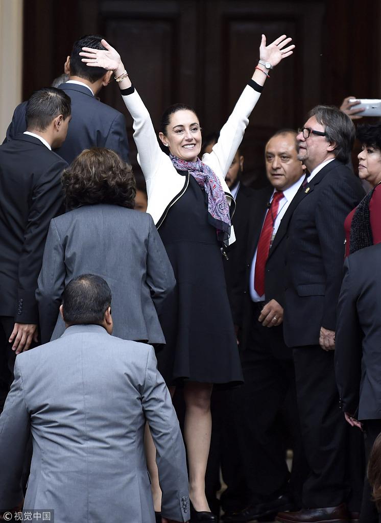 墨西哥城史上首位女市长宣誓就职