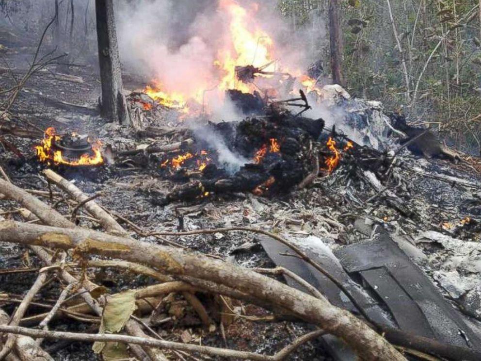 costa-rica-plane-crash-3-ht-jt-171231_4x3_992.jpg