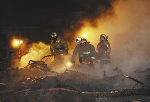 西班牙一家养老院发生火灾 事故共致十三人受伤