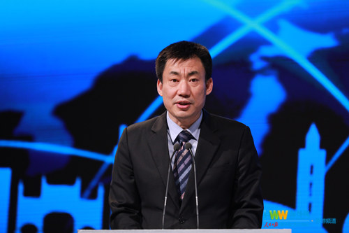 凤凰卫视副总裁夏洪波作开场致辞.JPG