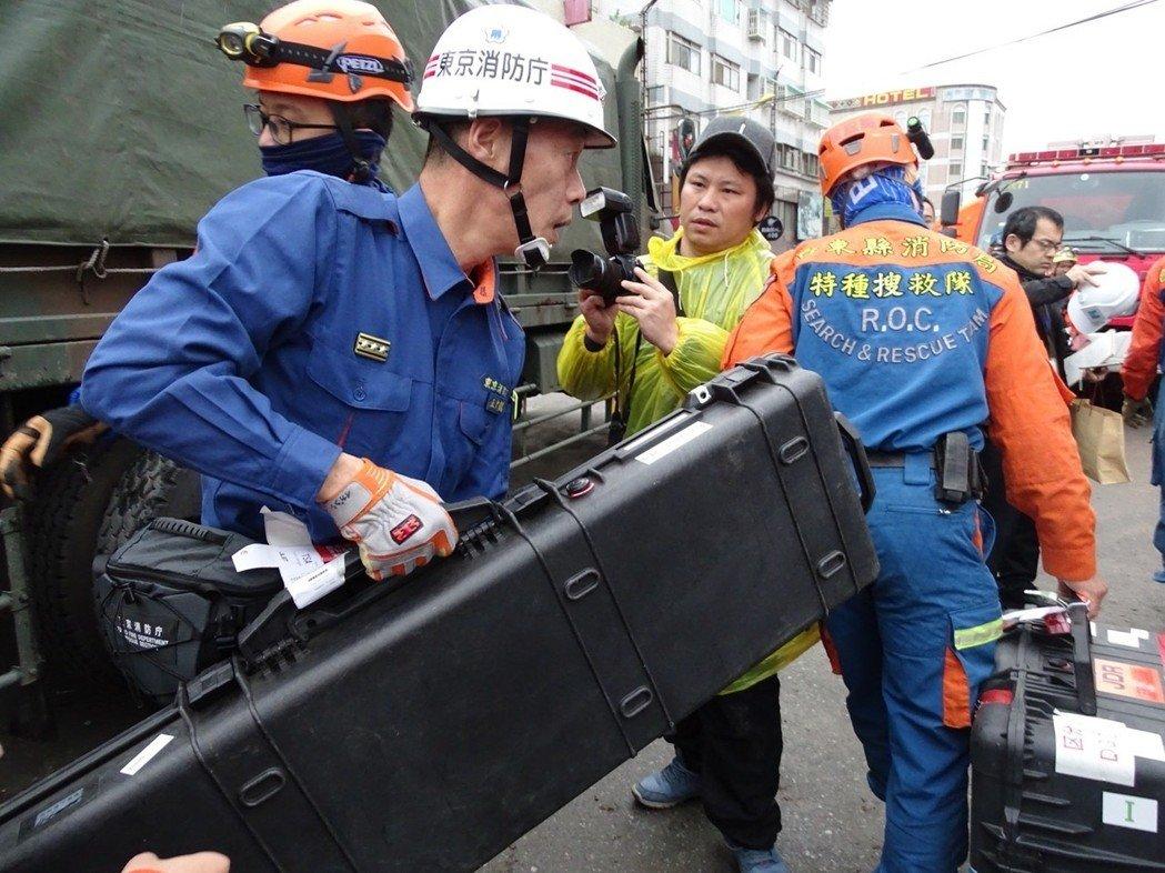 """台当局称因""""高阶探测仪""""求助日本"""