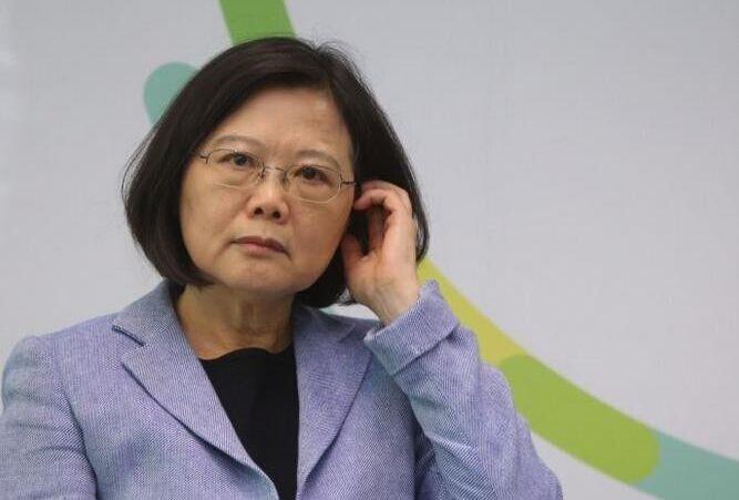 台媒劝蔡英文回头是岸:承认是中国人两岸春暖花开