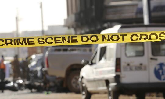 布基纳法索军队总部附近发生爆炸 现场浓烟滚滚