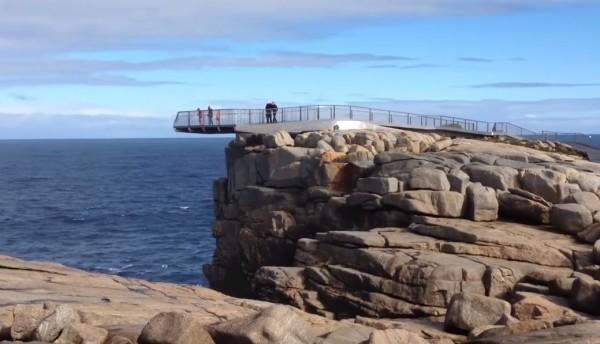 印度男子为自拍铤而走险 在澳洲风景区不幸坠崖身亡