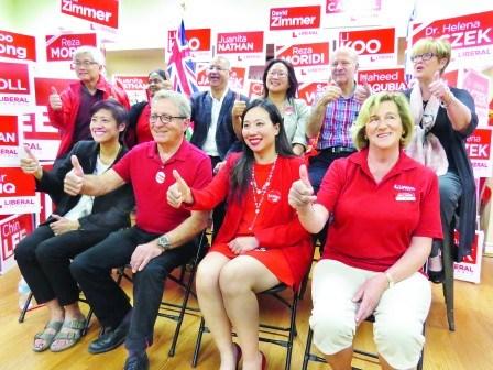 代表安省自由党出战的多名候选人。(加拿大《明报》图片)