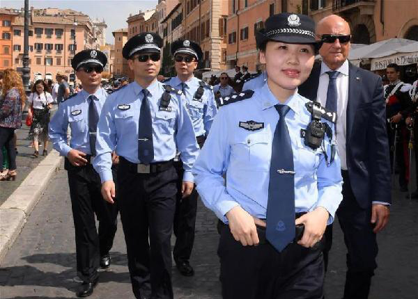 中国警察.jpg