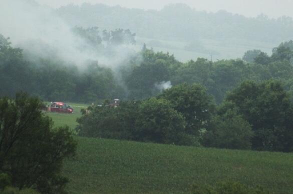 美一小飞机在威斯康星州坠毁 机上4人全部遇难