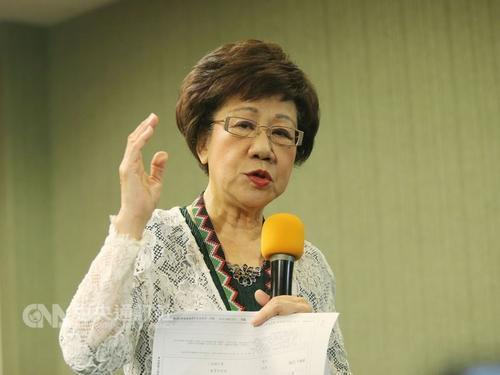 吕秀莲谈脱离民进党参选台北市长近期不见蔡英文