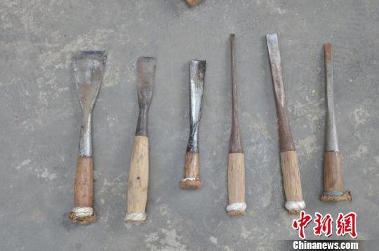 图为传统木工工具。 钟欣 摄