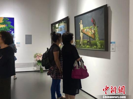 俄罗斯油画展哈尔滨开幕147幅油画搭建中俄交流平台