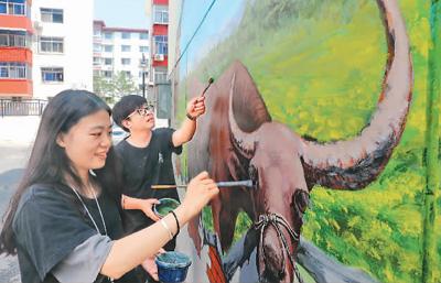 河北秦皇岛墙体彩绘助力小区改造