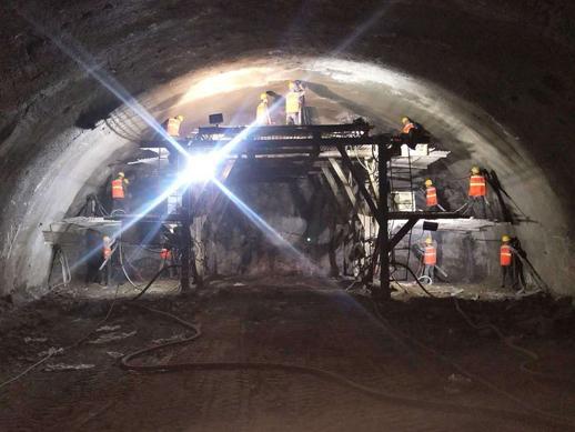 3隧道洞内掌子面施工修改.jpg