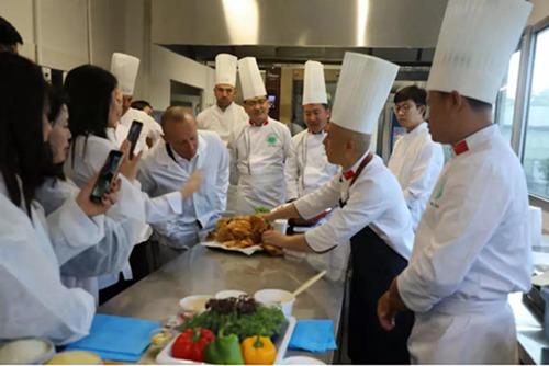 美食文化交流暨中华节气菜推广活动在丹麦举行4.jpg