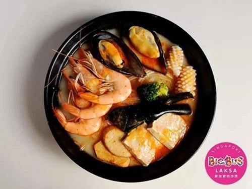 在杭州吃一碗原汁原味的新加坡叻沙4.jpg